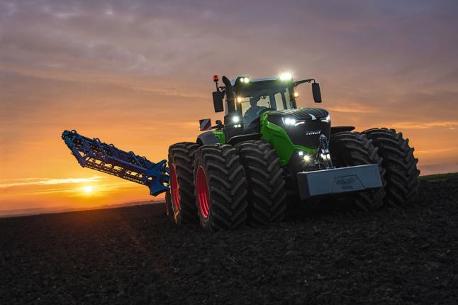 Фото - Кампания Тракторов КСН