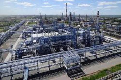 Фото - Нефтеперерабатывающий завод Киевская обл.