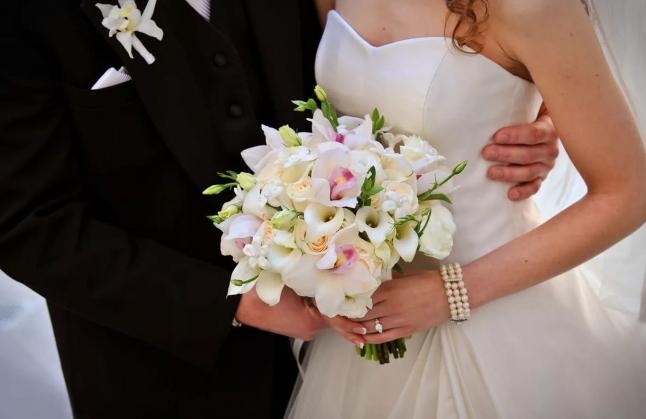 Фото - Продажа свадебных и вечерних нарядов  премиум  класса.