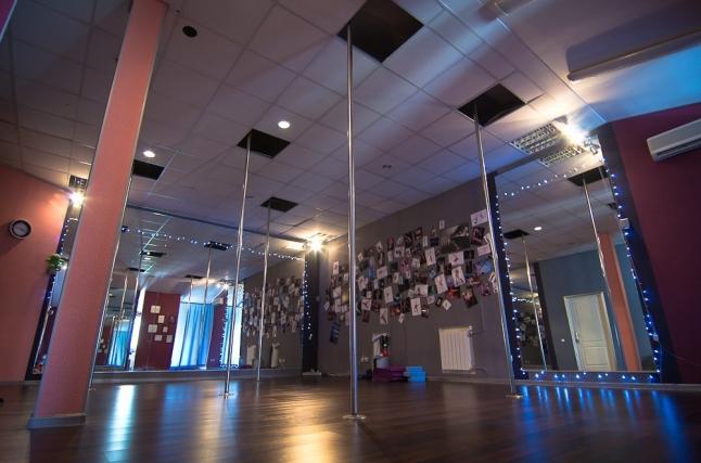 Фото - Школа танцев Pole Dance
