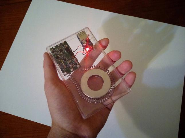 Фото - Генератор постоянно вырабатывающий электрическую энергию