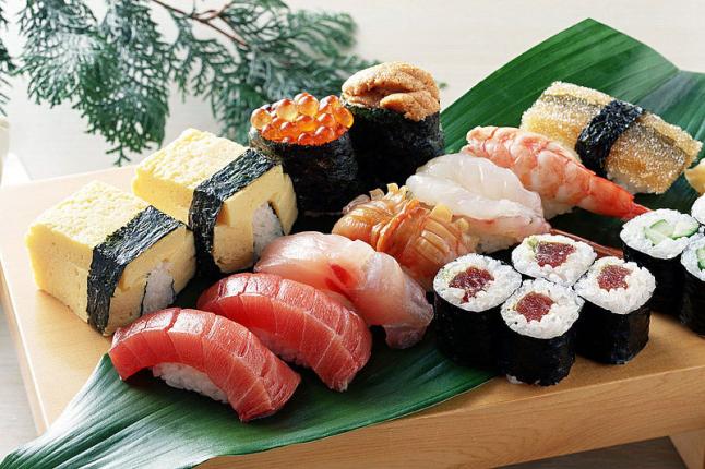 Фото - Служба доставки блюд японской кухни в Киеве