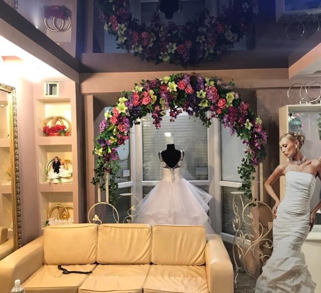 Фото - Продажа действующего свадебного салона
