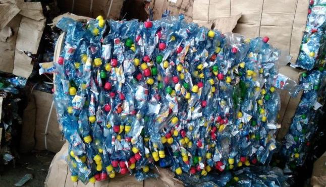 Фото - Сбор и переработка пэт бутылок.