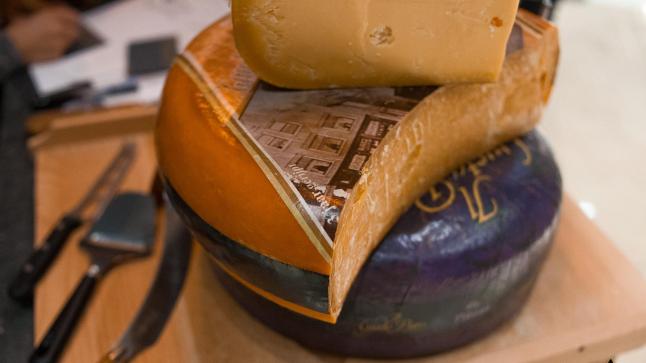 Фото - Сырный маркет AMSTERDAM