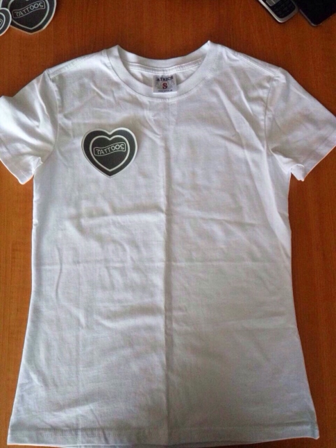 Фото - Пошив футболок с нашивкой