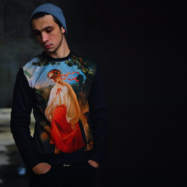 Фото - Виготовлення молодіжного одягу в українському стилі