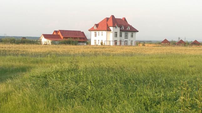 Фото - Готельний комплекс