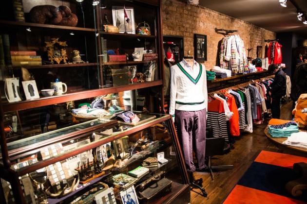 Фото - Развитие сети магазинов молодежной одежды