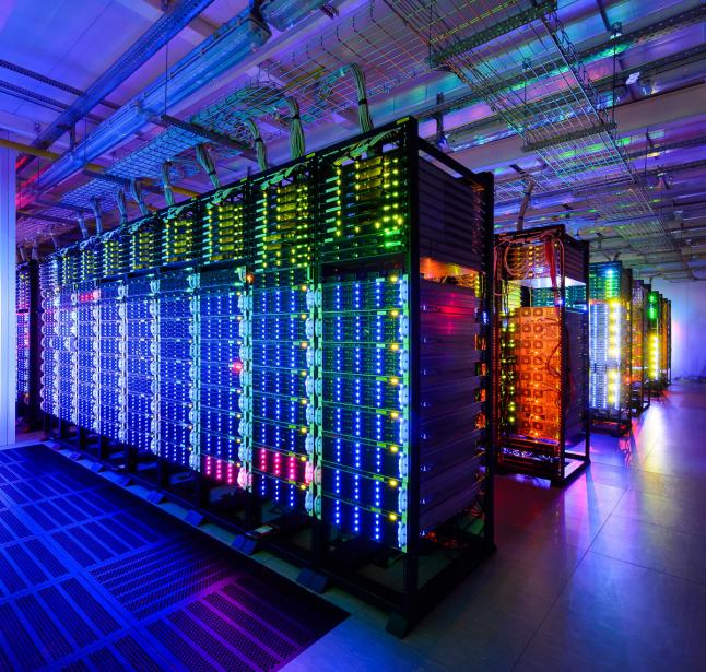 Фото - Створення дата-центру з власним хмарним сервісом