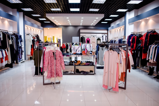 Фото - Мультибрендовая сеть магазинов одежды, обуви и аксессуаров
