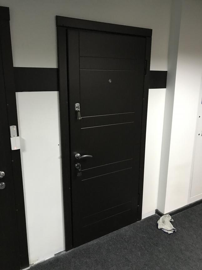 Фото - Виробництво вхідних дверей для забудовників