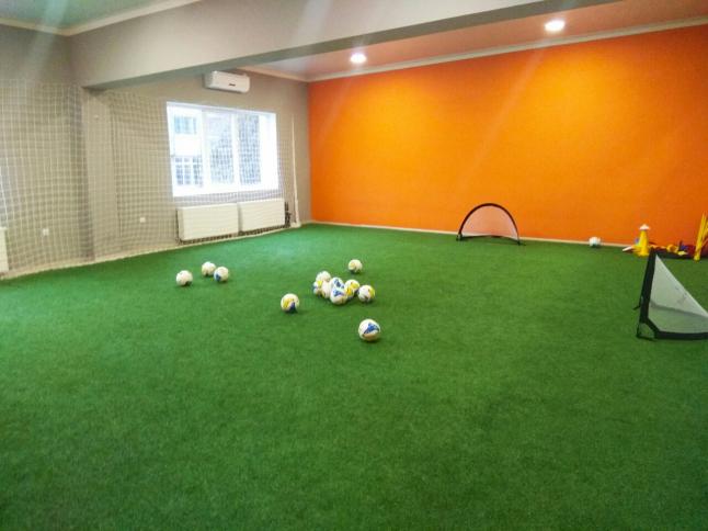 Фото - Детский футбольный клуб в г.Черновцы